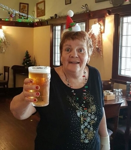 Christmas lunch, aussie redback tours, tours for seniors, seniors tours wa, passenger profile